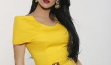 مصمّمة الأزياء زينة صليبي: اعتمدتُ الألوان الصاخبة لأنني أحبُ الحياة