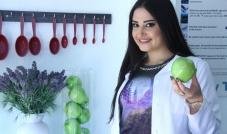 أخصائية التغذية باسكال أبو ديوان: أنصح بالشاي الأخضر الطبيعي لأنه مُضاد للأكسدة ويقضي على مرض السرطان