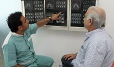 د. ناجي عبود: التهابات اللثة تؤدّي إلى فقدان الأسنان بشكلٍ كاملٍ مجال تجميل الأسنان شهد تطوراً كبيراً