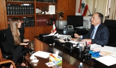 الجمارك اللبنانية عصب الخزينة مدير عام الجمارك شفيق مرعي  يواجه الفساد بإمكانيات متواضعة