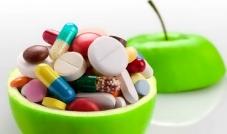 الفيتامينات والمكملات الغذائية... مضيعة للمال
