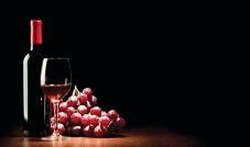 النبيذ مشروب كحولي مليء بالمنافع الصحيّة