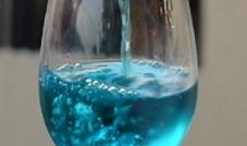 النبيذ اللبناني ... سفير لبنان الى الخارج