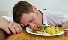 علاقة الطعام بالمزاج