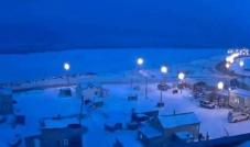 مدينة أوتكياغفيك في إظلام قطبي