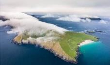 وظيفة الأحلام على جزيرة نائية