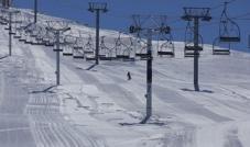 بلدية كفردبيان تبحث إجراءات الإفتتاح الآمن لموسم التزلج